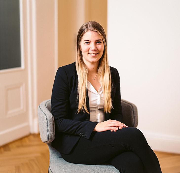 Julia Bär