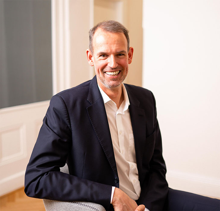 Dr. Ulrich David