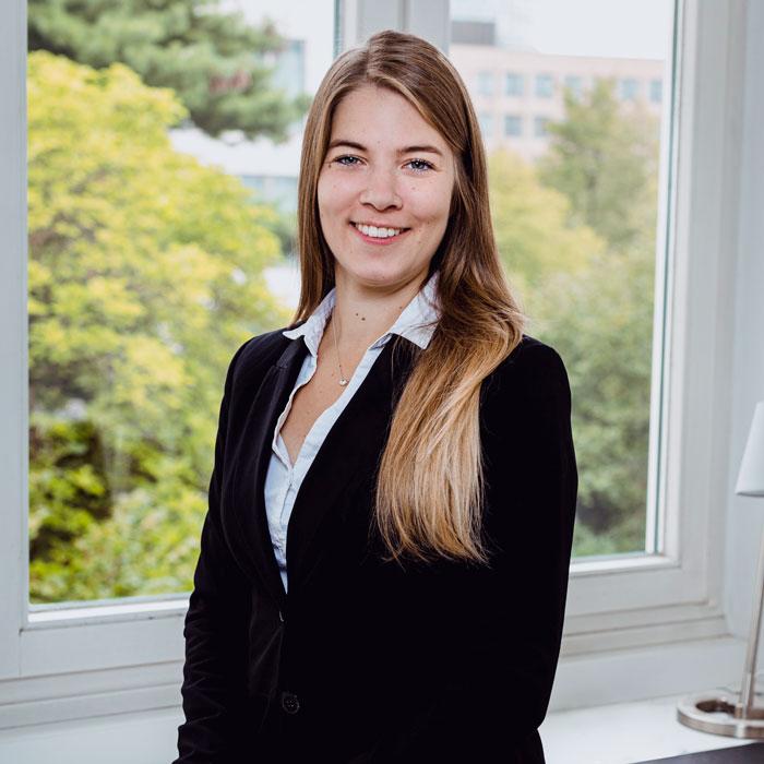 Julia Bär Profile